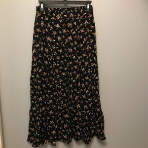 Dresses & Skirts - Vintage floral skirt